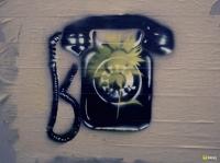 27_phonewall750.jpg